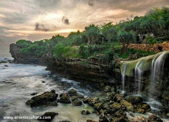 Indahnya Air Terjun Jogan Gunung Kidul Yogyakarta
